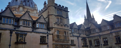 Should I Apply To Oxford? | An Insider's Guide to Oxford To Help You Decide